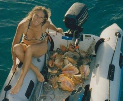 free diving for conch on Antigua and Barbuda