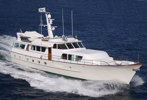 M/Y PYEWACKET 81' Broward cruises the Bahamas & New England during 2016