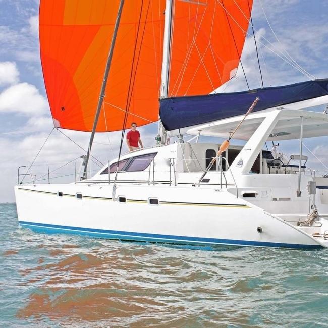 Catamaran Virgin Islands Vacation: Nicholson Yacht Charters